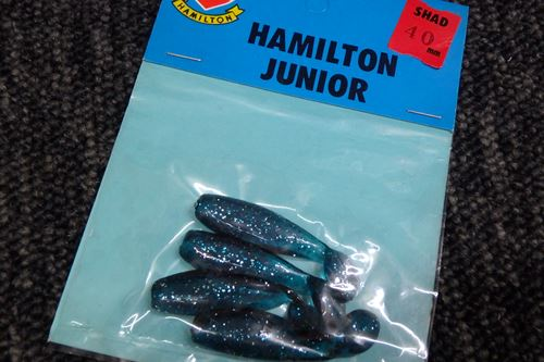 HAMILTON JUNIOR SHAD 40mm/ブルーラメ