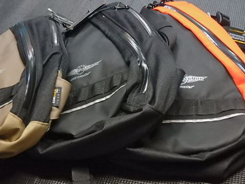 MC works ALLWEATHER BODY BAG BB-1 バレンシアオレンジ